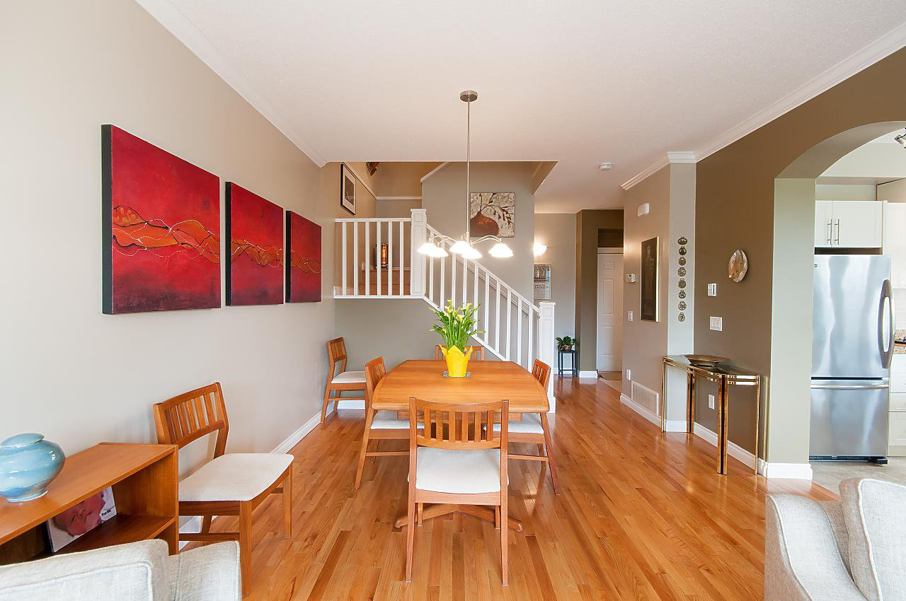 """Photo 5: Photos: 4 2978 WHISPER Way in Coquitlam: Westwood Plateau Townhouse for sale in """"WHISPER RIDGE"""" : MLS®# R2300463"""