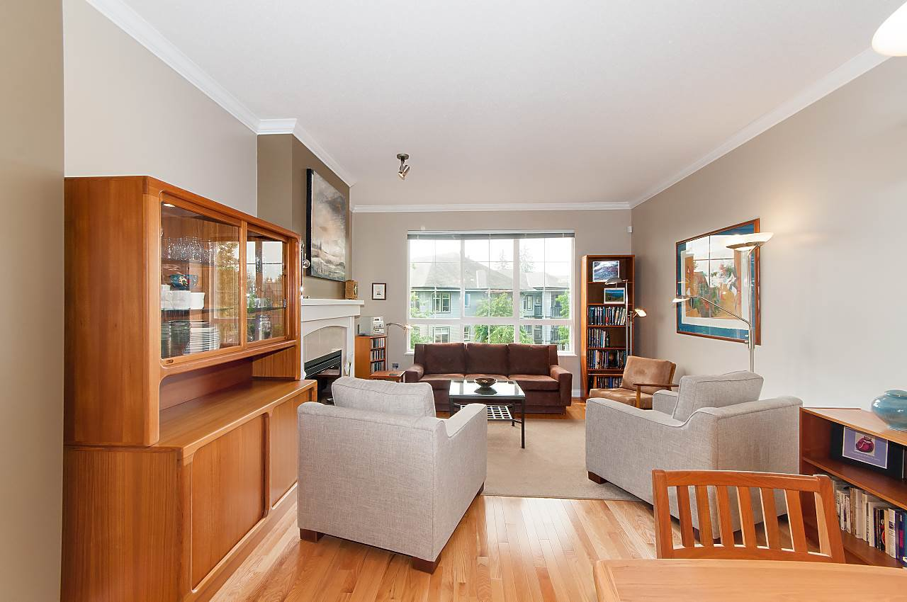 """Photo 6: Photos: 4 2978 WHISPER Way in Coquitlam: Westwood Plateau Townhouse for sale in """"WHISPER RIDGE"""" : MLS®# R2300463"""