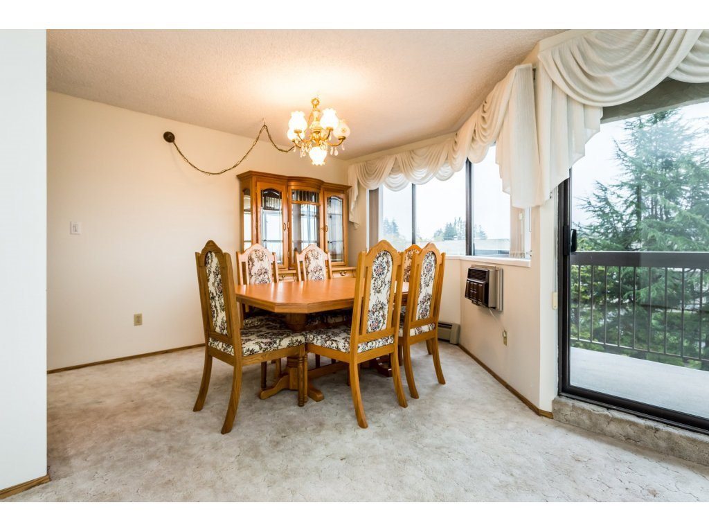 Photo 4: Photos: 305 31955 OLD YALE Road in Abbotsford: Abbotsford West Condo for sale : MLS®# R2311478