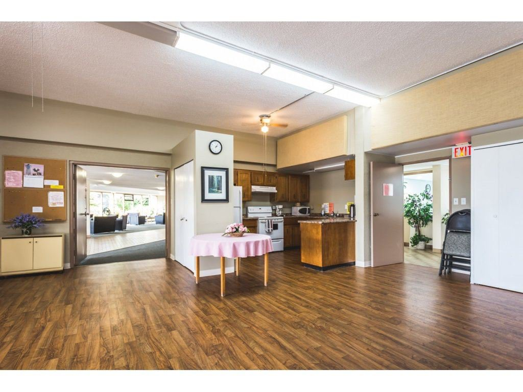 Photo 16: Photos: 305 31955 OLD YALE Road in Abbotsford: Abbotsford West Condo for sale : MLS®# R2311478