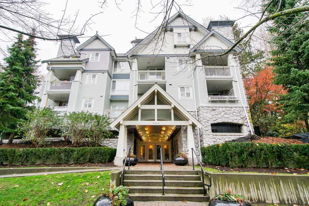 Main Photo: 204 6893 PRENTER Street in Burnaby: Highgate Condo for sale (Burnaby South)  : MLS®# R2325080