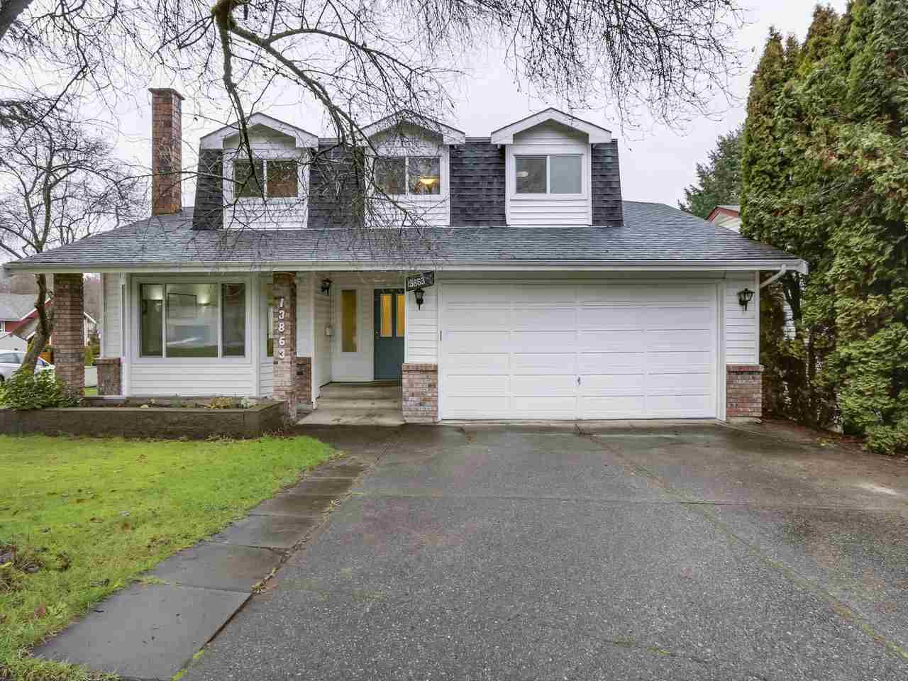 """Main Photo: 13863 80A Avenue in Surrey: East Newton House for sale in """"NEWTON"""" : MLS®# R2327669"""