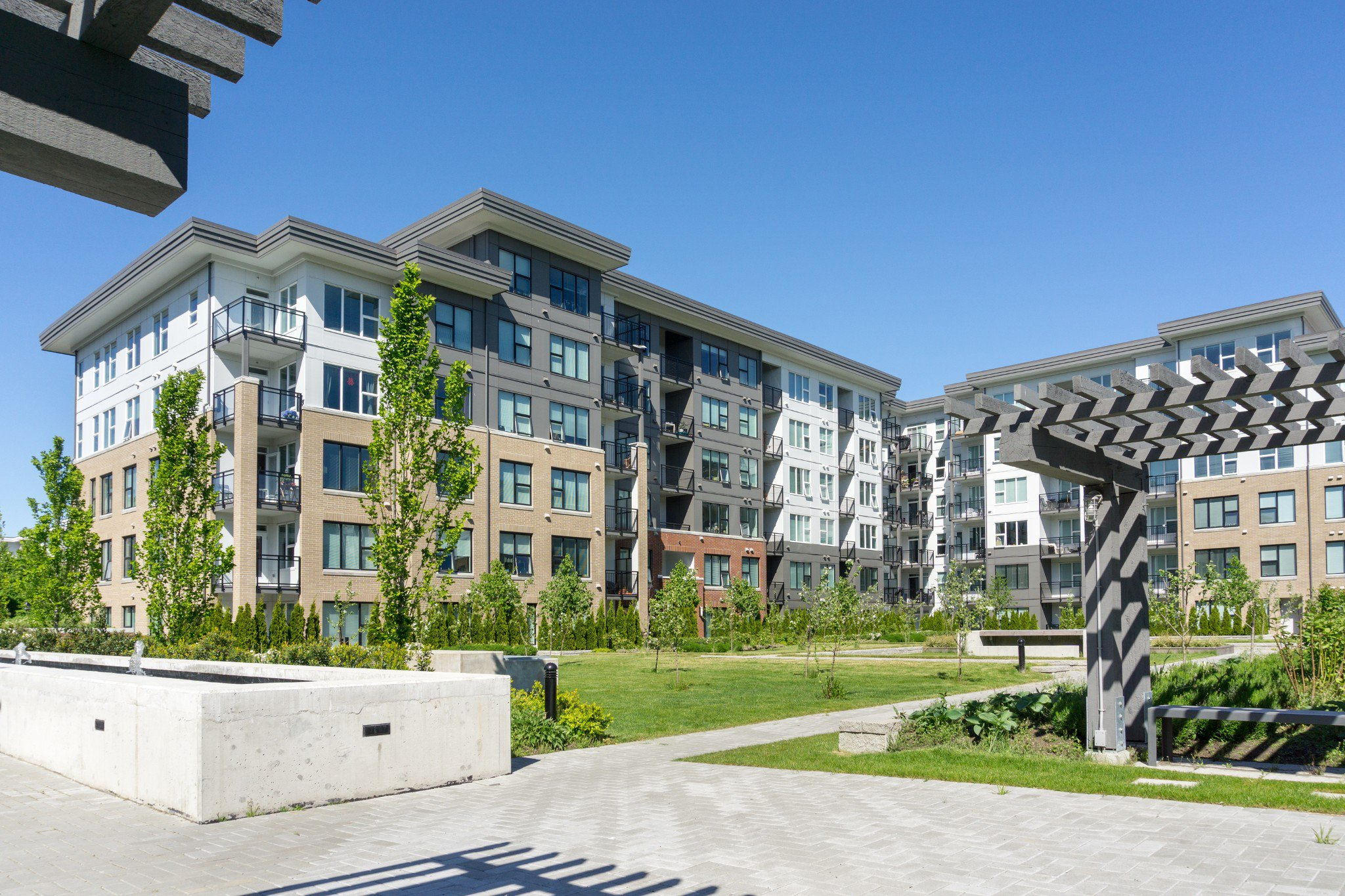 """Photo 41: Photos: 303 9311 ALEXANDRA Road in Richmond: West Cambie Condo for sale in """"ALEXANDRA COURT"""" : MLS®# R2347629"""