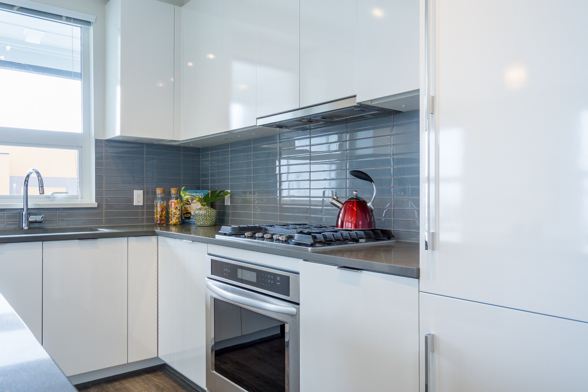 """Photo 5: Photos: 303 9311 ALEXANDRA Road in Richmond: West Cambie Condo for sale in """"ALEXANDRA COURT"""" : MLS®# R2347629"""