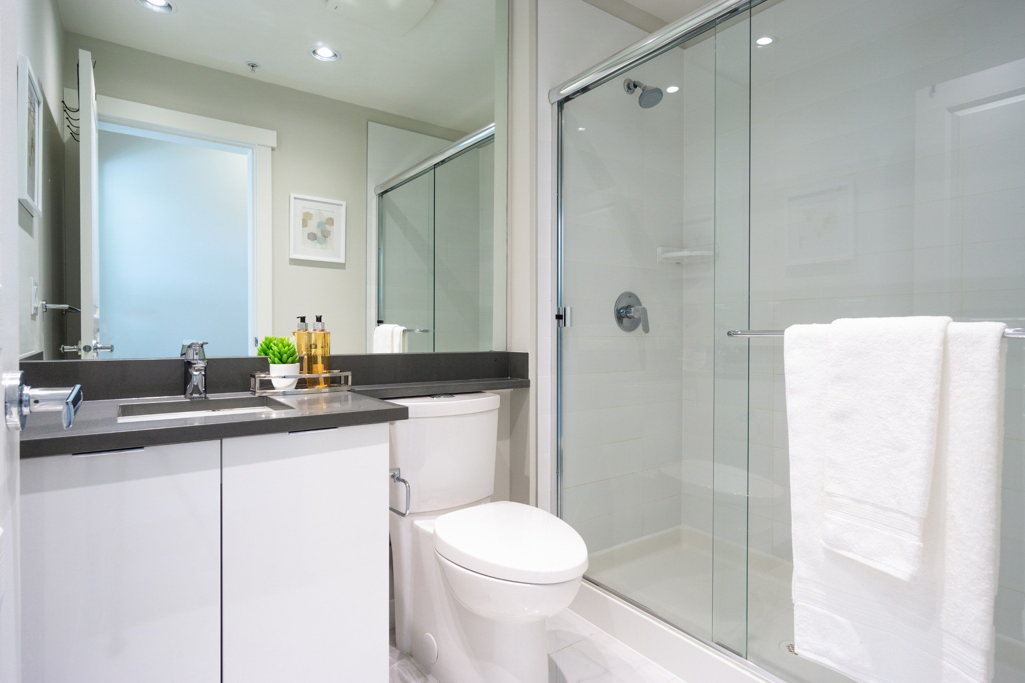 """Photo 24: Photos: 303 9311 ALEXANDRA Road in Richmond: West Cambie Condo for sale in """"ALEXANDRA COURT"""" : MLS®# R2347629"""