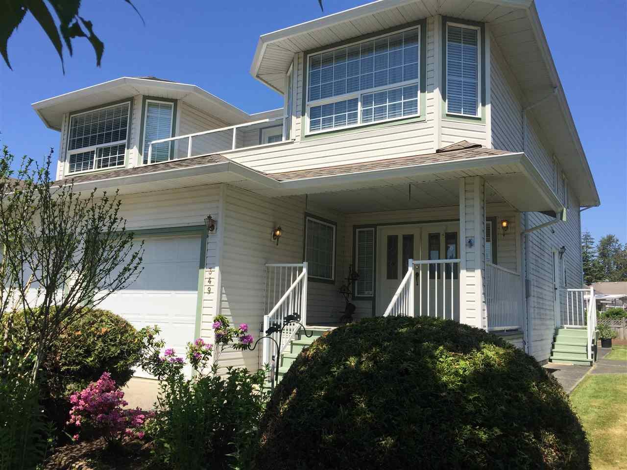 Main Photo: 349 CHESTNUT Avenue: Harrison Hot Springs House for sale : MLS®# R2376867