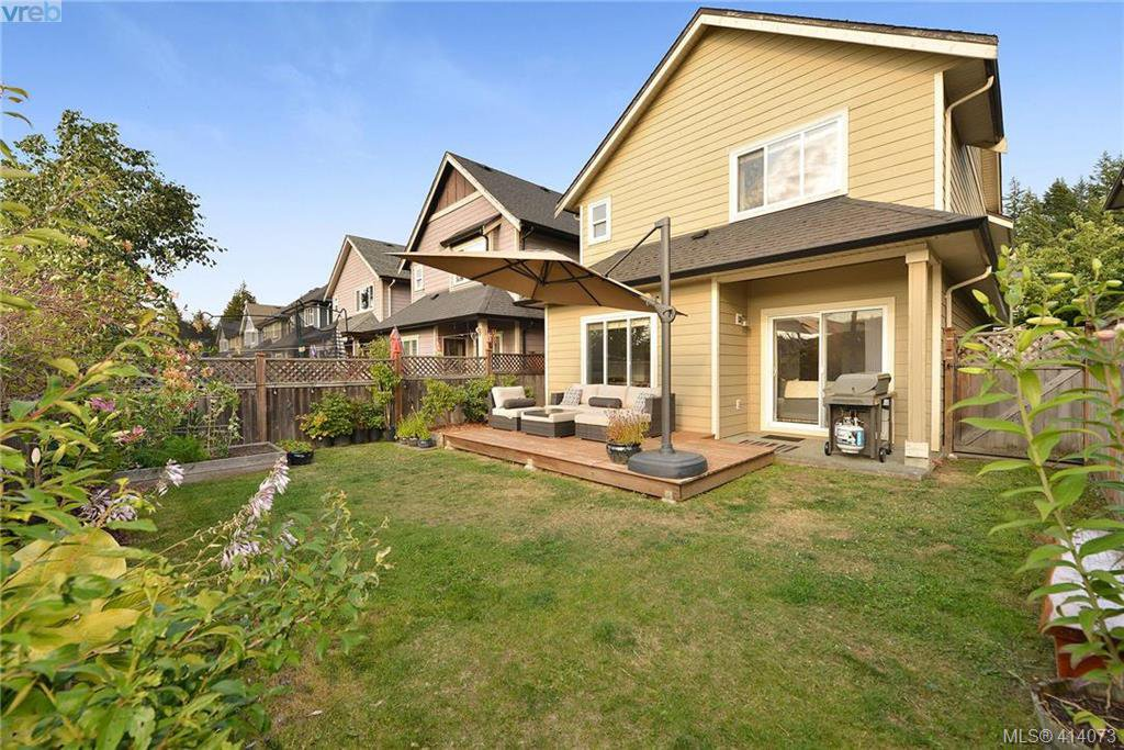 Main Photo: 3250 Willshire Drive in VICTORIA: La Walfred Single Family Detached for sale (Langford)  : MLS®# 414073