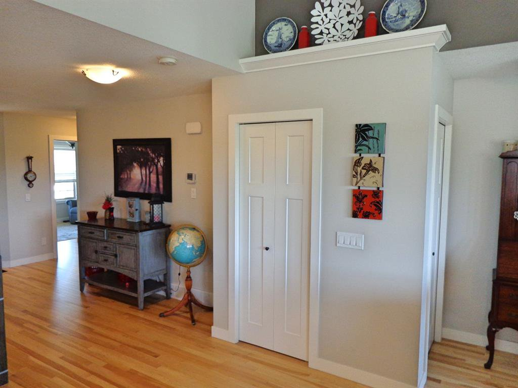 Photo 22: Photos: 93 Deer Coulee Drive in Didsbury: NONE Residential for sale : MLS®# A1005988