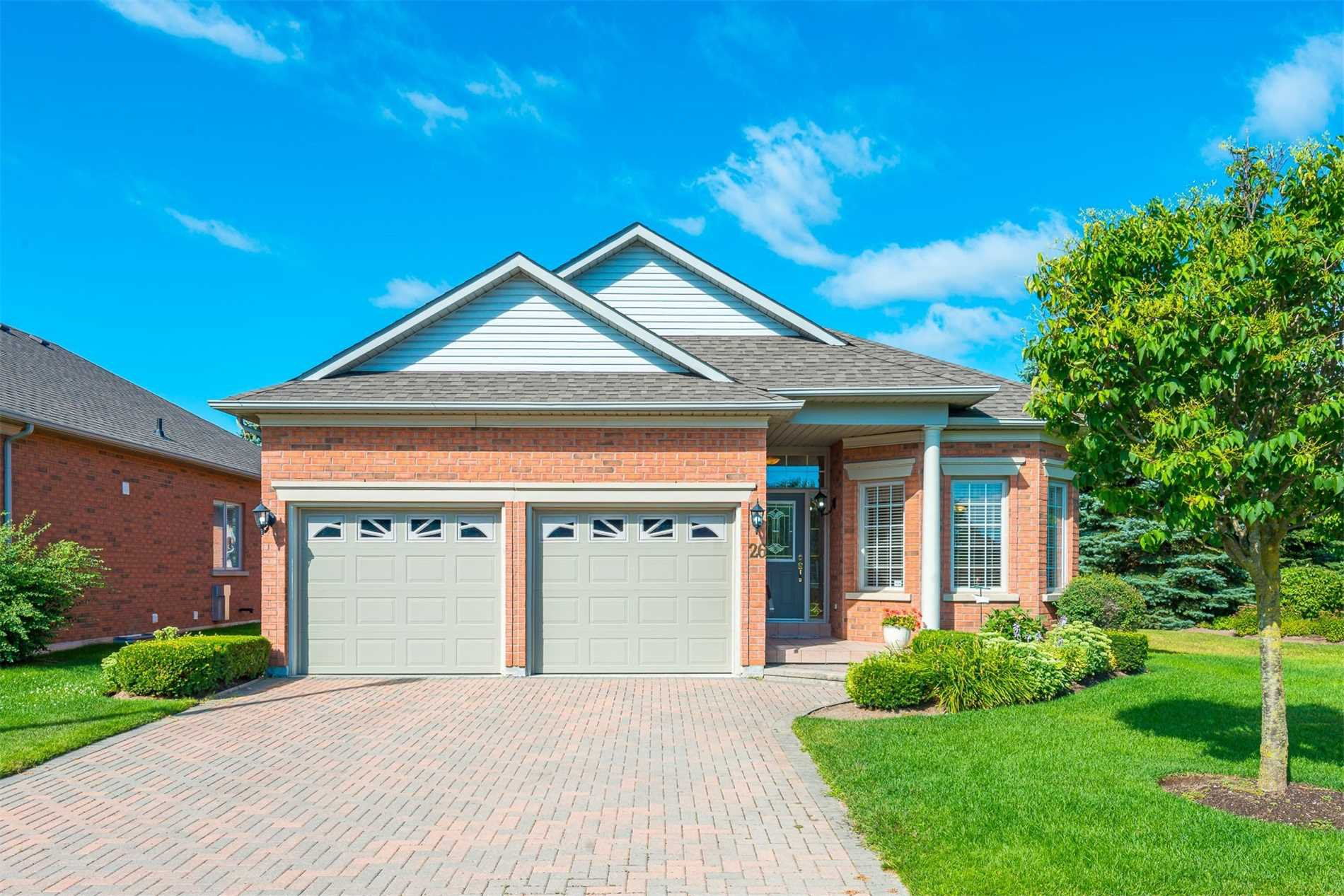 Main Photo: 26 Couples Gallery in Whitchurch-Stouffville: Freehold for sale : MLS®# N4548903