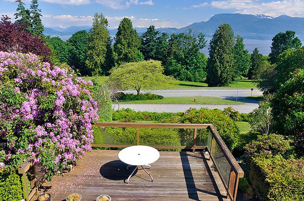 Photo 13: Photos: 5747 NEWTON WYND in Vancouver: University VW House for sale (Vancouver West)  : MLS®# V896524