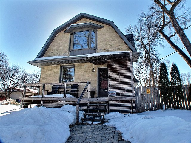 Main Photo: 148 Hindley Avenue in Winnipipeg: St. Vital Residential for sale (South East Winnipeg)  : MLS®# 1305462