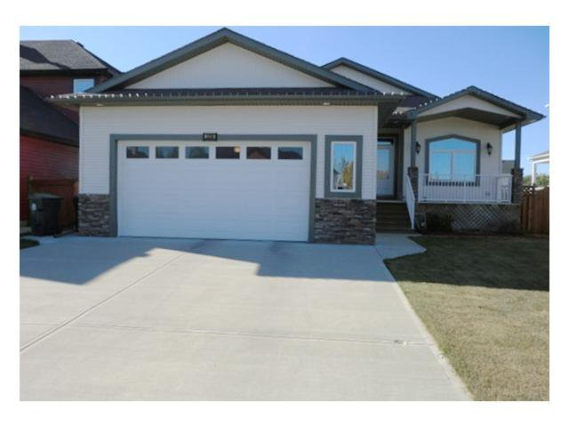 Main Photo: 1208 2 Street NE: Sundre Residential Detached Single Family for sale : MLS®# C3594405