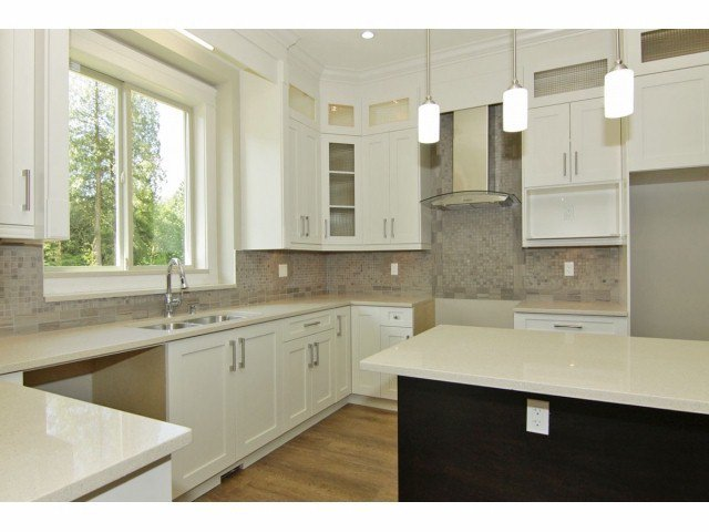 """Photo 4: Photos: 21028 76A AV in Langley: Willoughby Heights House for sale in """"Yorkson"""" : MLS®# F1401116"""