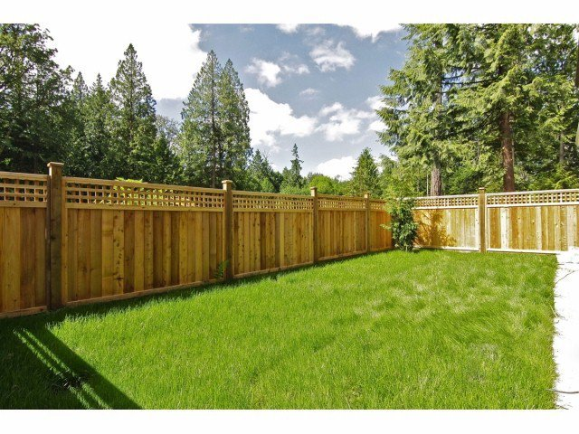 """Photo 12: Photos: 21028 76A AV in Langley: Willoughby Heights House for sale in """"Yorkson"""" : MLS®# F1401116"""