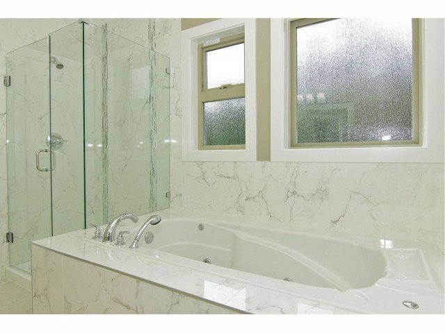 """Photo 8: Photos: 21028 76A AV in Langley: Willoughby Heights House for sale in """"Yorkson"""" : MLS®# F1401116"""