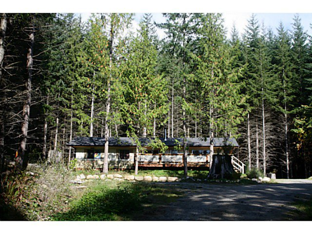 "Photo 3: Photos: 1186 FIRBURN Road: Roberts Creek House for sale in ""UPPER ROBERTS CREEK"" (Sunshine Coast)  : MLS®# V1059211"