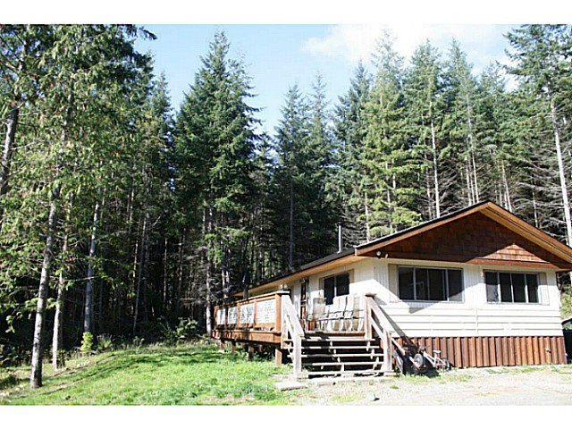 "Photo 11: Photos: 1186 FIRBURN Road: Roberts Creek House for sale in ""UPPER ROBERTS CREEK"" (Sunshine Coast)  : MLS®# V1059211"