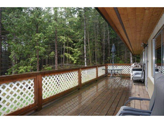 "Photo 2: Photos: 1186 FIRBURN Road: Roberts Creek House for sale in ""UPPER ROBERTS CREEK"" (Sunshine Coast)  : MLS®# V1059211"