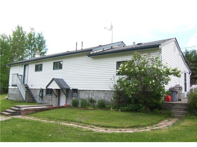"""Main Photo: 2460 UPPER FRASER Road in Prince George: Tabor Lake House for sale in """"TABOR LAKE"""" (PG Rural East (Zone 80))  : MLS®# N235457"""