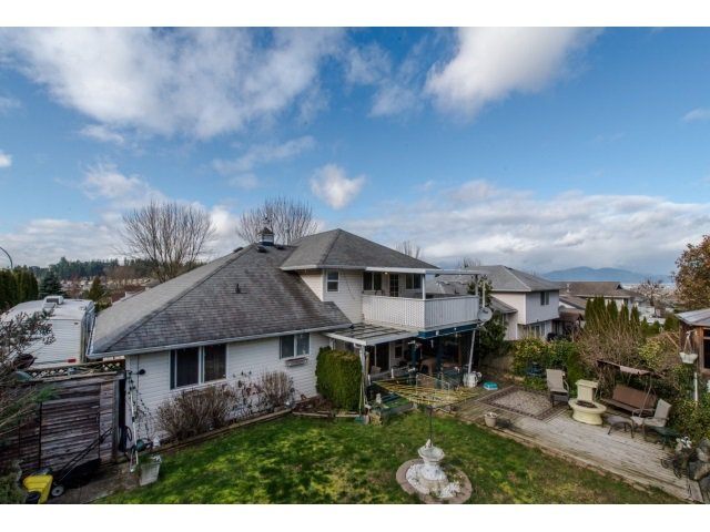 Photo 19: Photos: 5557 HIGHROAD Crescent in Sardis: Promontory House for sale : MLS®# R2036126