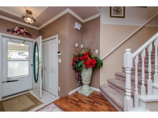 Photo 3: Photos: 5557 HIGHROAD Crescent in Sardis: Promontory House for sale : MLS®# R2036126
