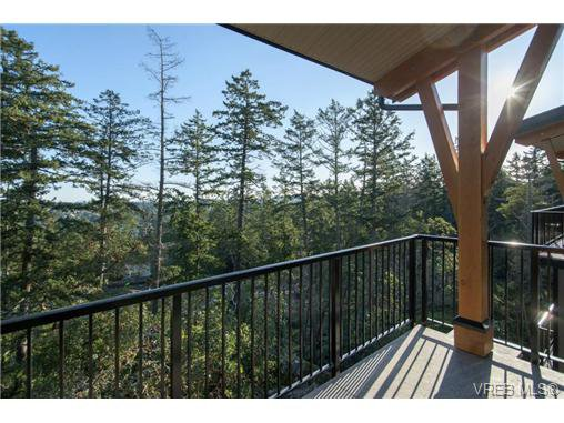 Main Photo: 201 290 Wilfert Rd in VICTORIA: VR Six Mile Condo for sale (View Royal)  : MLS®# 728397