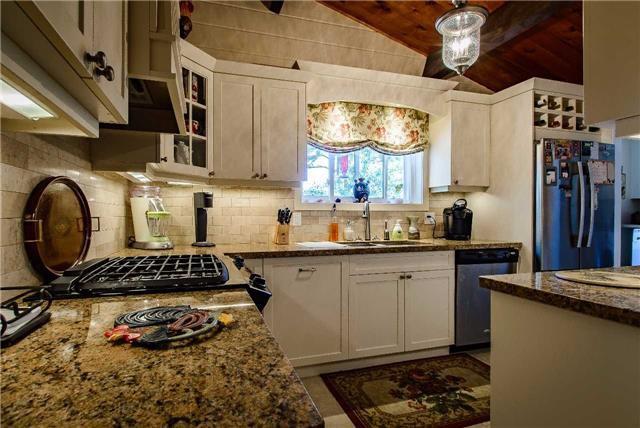 Photo 12: Photos: 11 Brenda Avenue in Parry Sound: House (Bungalow) for sale : MLS®# X3546471