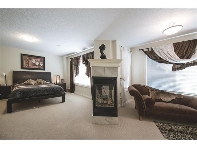 Photo 22: Photos: 84 CHAPALA Square SE in Calgary: Chaparral House for sale : MLS®# C4074127