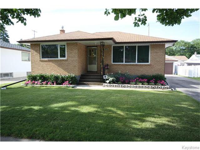 Main Photo: 435 Regent Avenue West in Winnipeg: West Transcona Residential for sale (3L)  : MLS®# 1623692