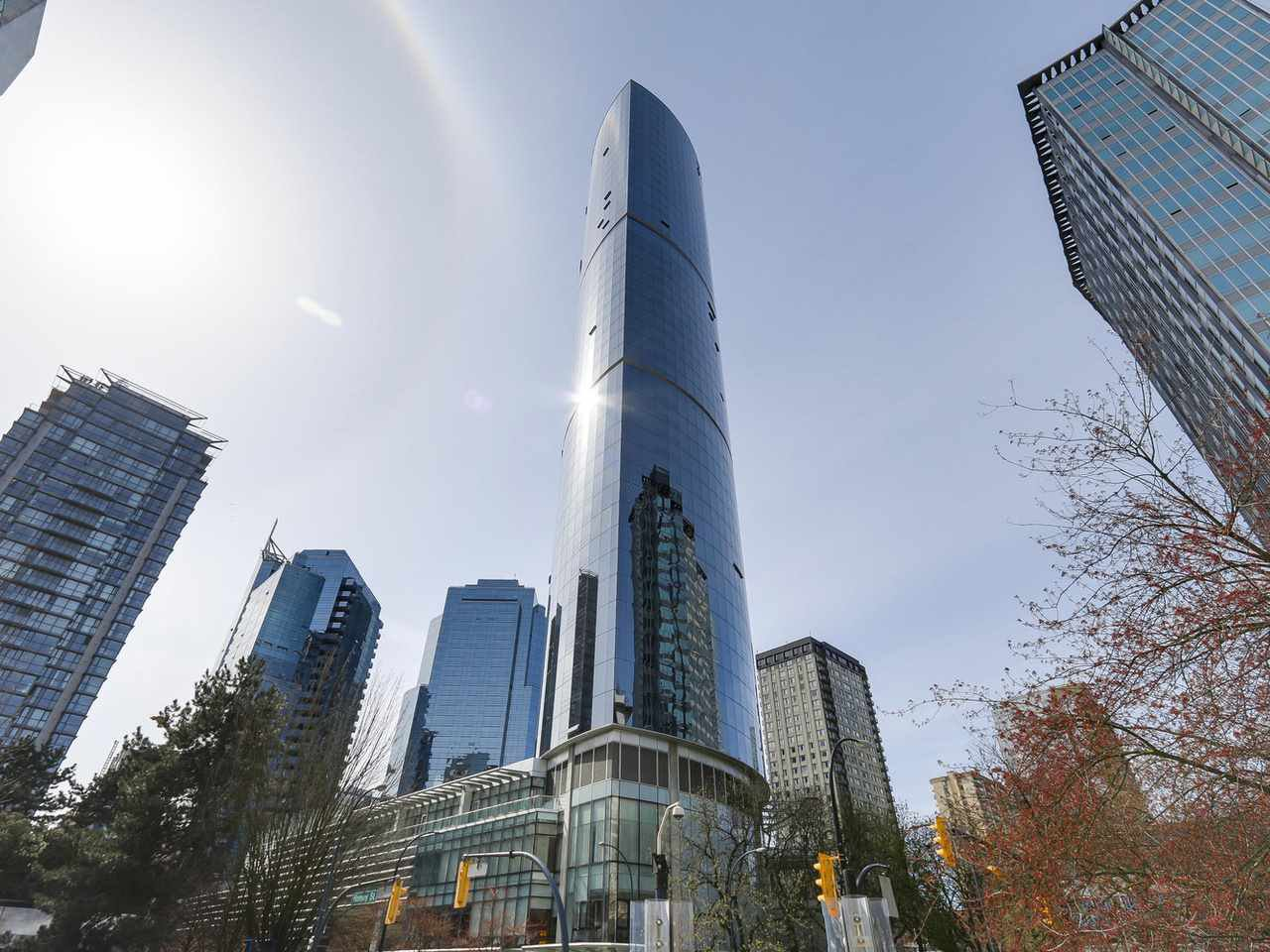 """Main Photo: 4703 938 NELSON Street in Vancouver: Downtown VW Condo for sale in """"One Wall Centre"""" (Vancouver West)  : MLS®# R2155390"""