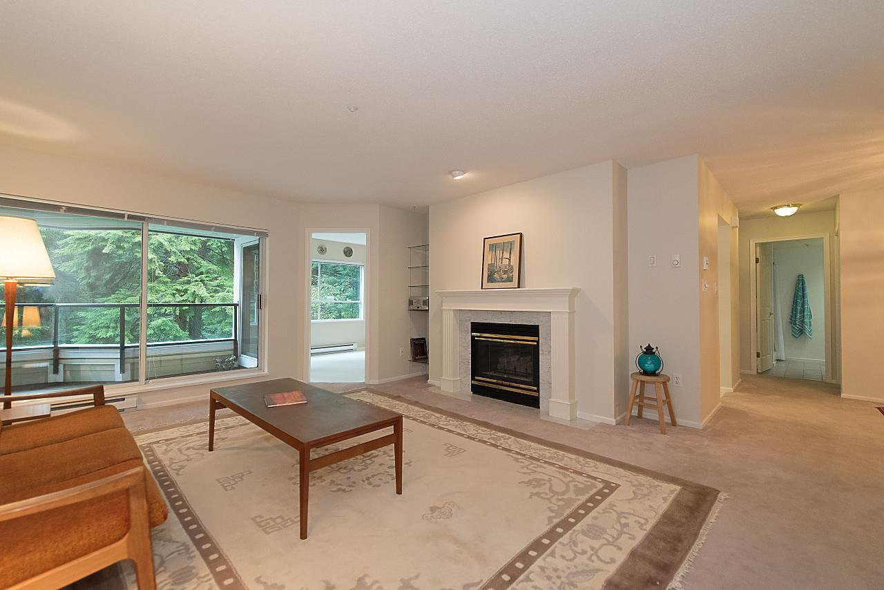 "Main Photo: 209 3690 BANFF Court in North Vancouver: Northlands Condo for sale in ""PARKGATE MANOR"" : MLS®# R2164252"