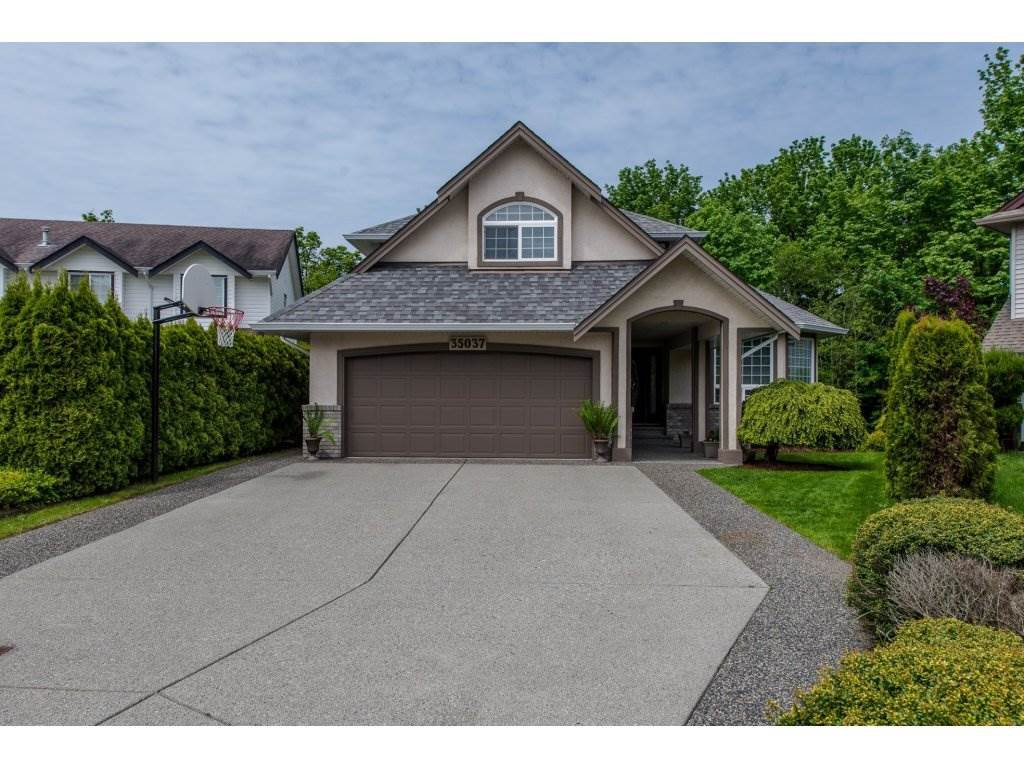 Main Photo: 35037 KOOTENAY Drive in Abbotsford: Abbotsford East House for sale : MLS®# R2168754