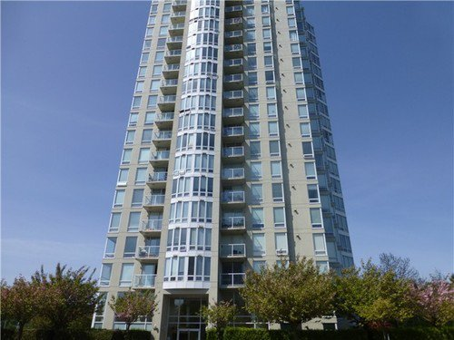 Main Photo: 2101 14820 104TH Ave in North Surrey: Home for sale : MLS®# F1409972