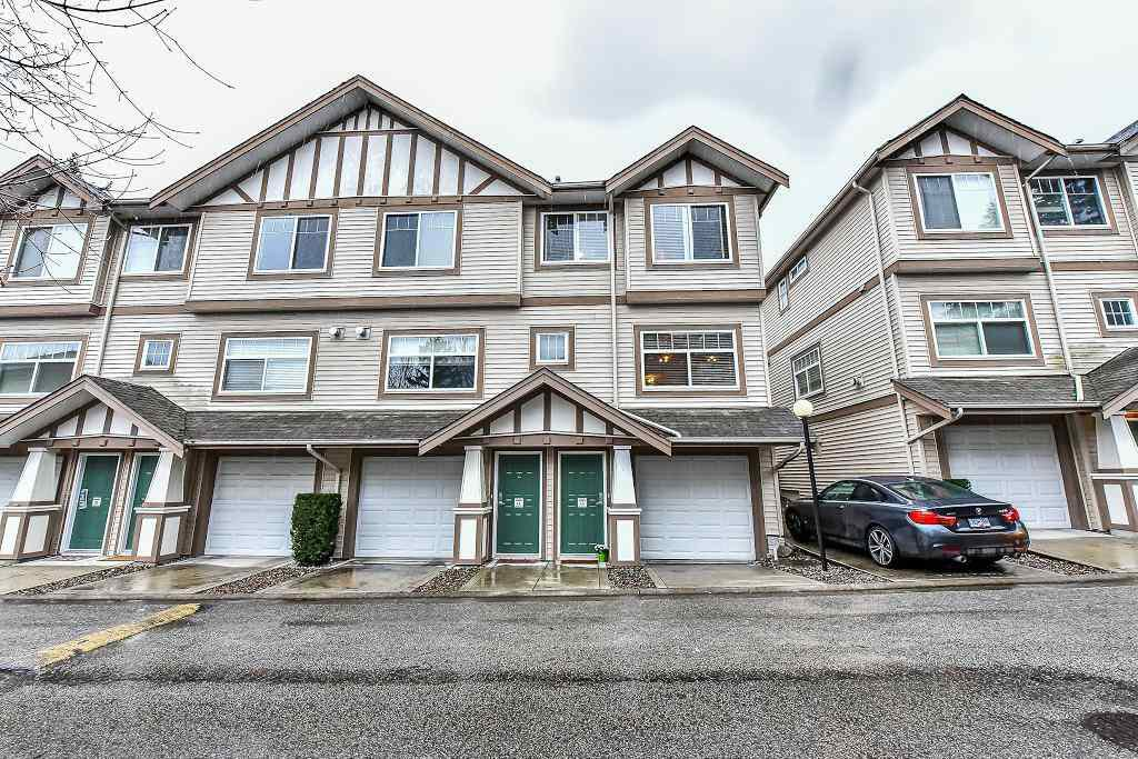 """Main Photo: 13 2678 KING GEORGE Boulevard in Surrey: King George Corridor Townhouse for sale in """"Mirada"""" (South Surrey White Rock)  : MLS®# R2231494"""