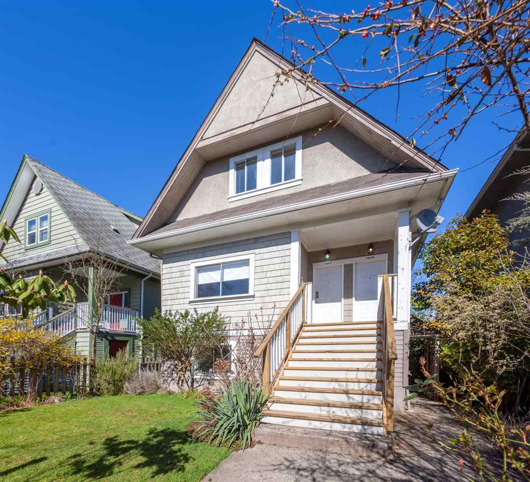 "Main Photo: 1049 E 13TH Avenue in Vancouver: Mount Pleasant VE House for sale in ""Mount Pleasant East"" (Vancouver East)  : MLS®# R2235012"