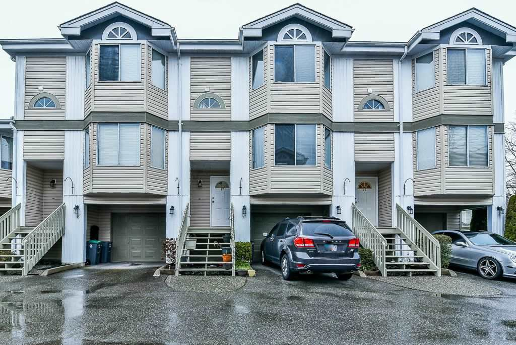 """Main Photo: 47 7875 122 Street in Surrey: West Newton Townhouse for sale in """"The Georgian"""" : MLS®# R2234862"""