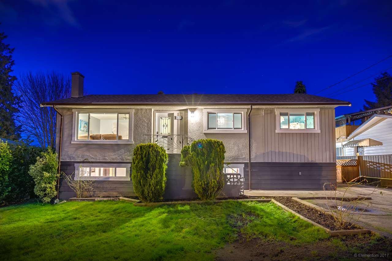 "Main Photo: 11135 90 Avenue in Delta: Annieville House for sale in ""ANNIEVILLE"" (N. Delta)  : MLS®# R2238116"