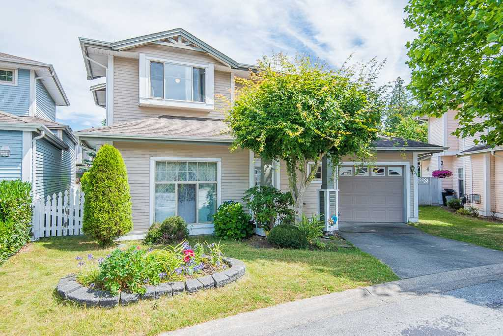 "Main Photo: 31 8675 209 Street in Langley: Walnut Grove House for sale in ""SYCAMORES"" : MLS®# R2286923"