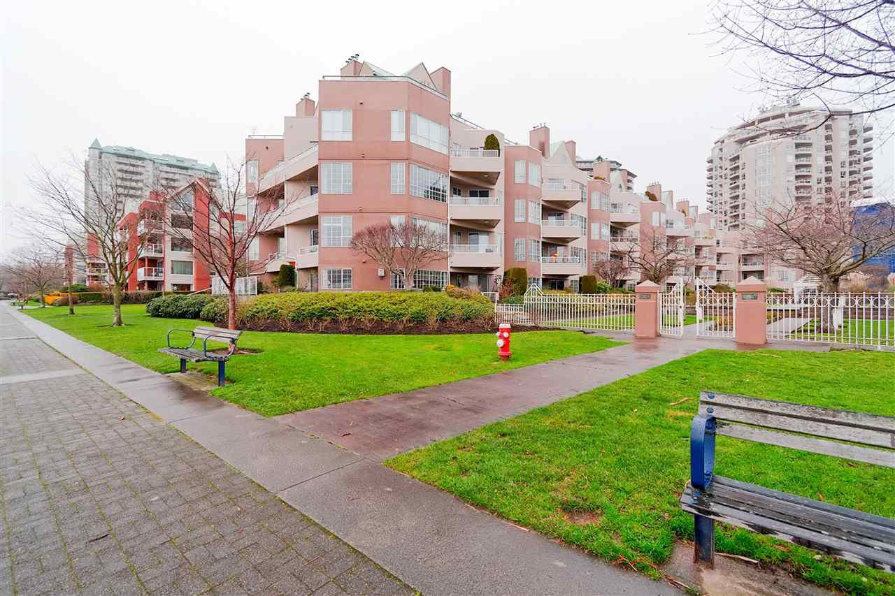 Photo 1: Photos: 316 1150 QUAYSIDE Drive in New Westminster: Quay Condo for sale : MLS®# R2329449