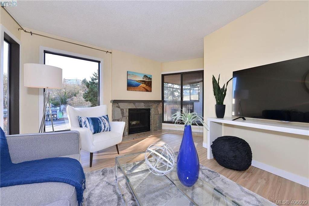 Photo 2: Photos: 305 1518 Pandora Ave in VICTORIA: Vi Fernwood Condo for sale (Victoria)  : MLS®# 808067