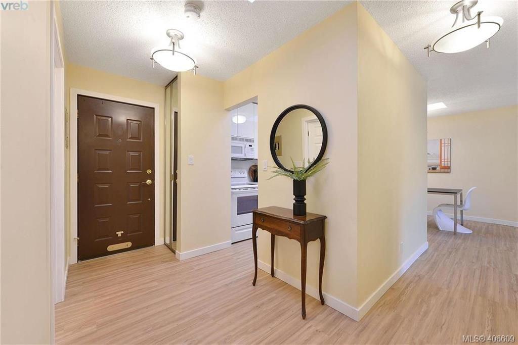 Photo 11: Photos: 305 1518 Pandora Ave in VICTORIA: Vi Fernwood Condo for sale (Victoria)  : MLS®# 808067