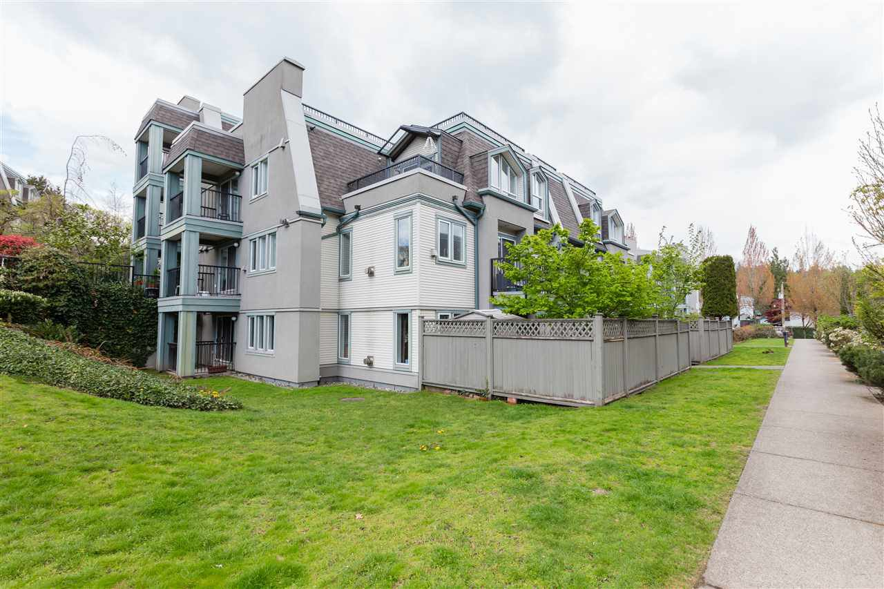Main Photo: 66 202 LAVAL Street in Coquitlam: Maillardville Townhouse for sale : MLS®# R2361421