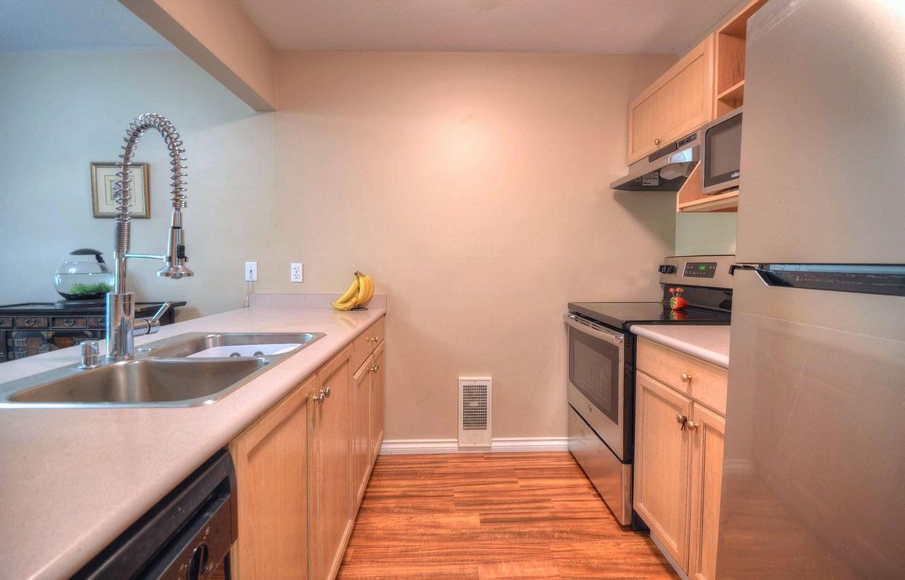 Photo 5: Photos: 203 2285 WELCHER Avenue in Port Coquitlam: Central Pt Coquitlam Condo for sale : MLS®# R2362207