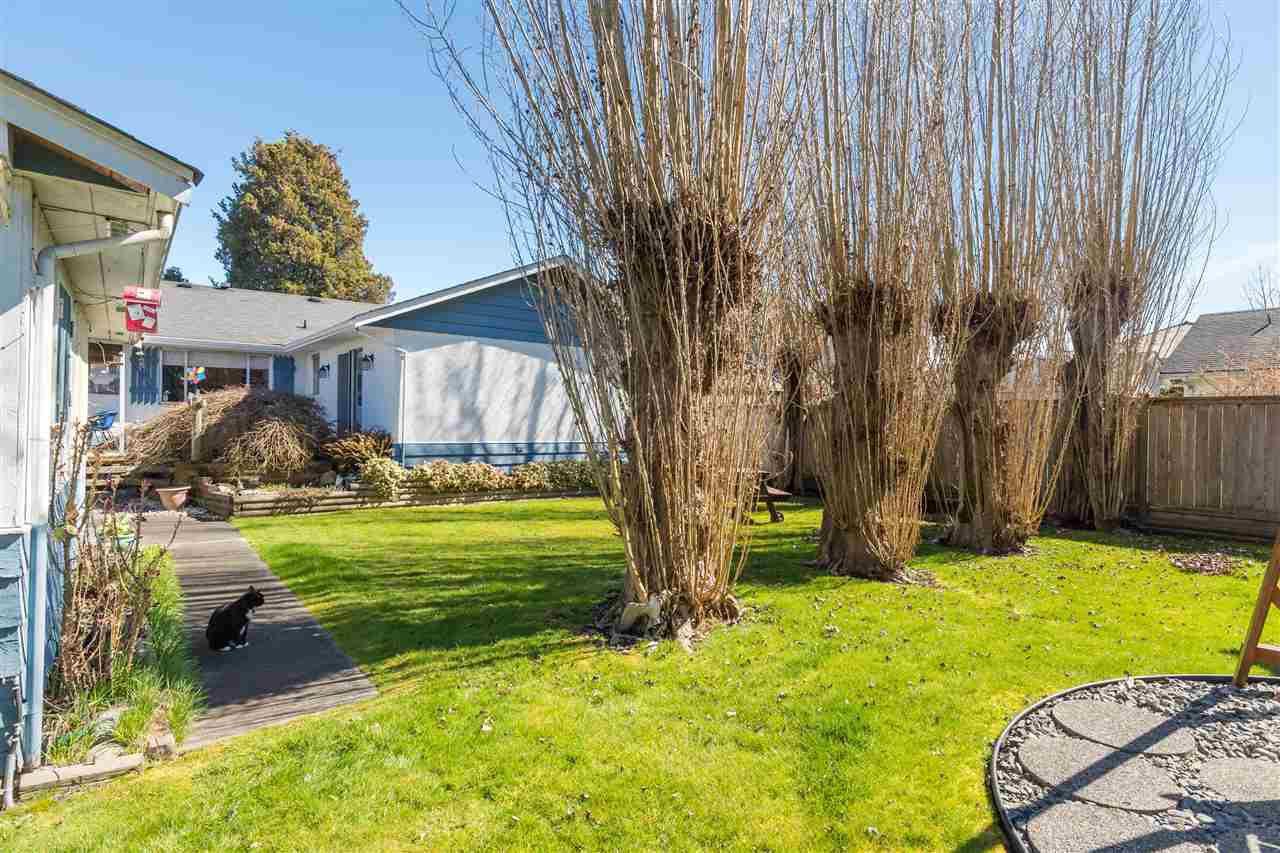 Main Photo: 10191 LEONARD Road in Richmond: South Arm House for sale : MLS®# R2369228