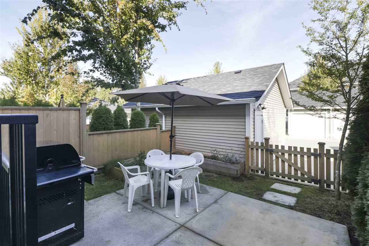 """Photo 23: Photos: 20573 84 Avenue in Langley: Willoughby Heights Condo for sale in """"PARKSIDE"""" : MLS®# R2459642"""