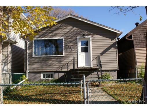 Main Photo: 1445 CONNAUGHT Street in Regina: Rosemont Single Family Dwelling for sale (Regina Area 02)  : MLS®# 514913