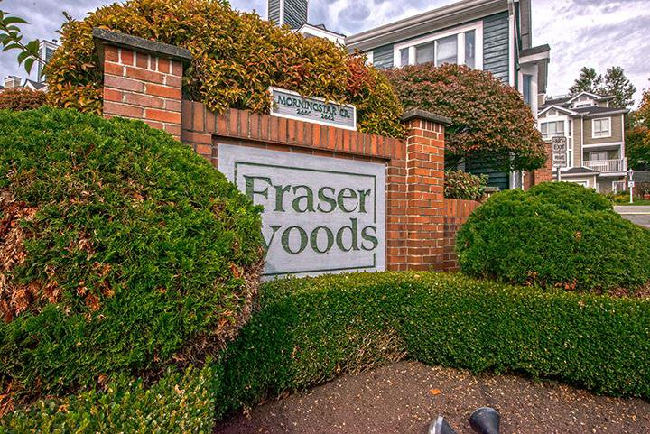 "Main Photo: 15 2656 MORNINGSTAR Crescent in Vancouver: Fraserview VE Townhouse for sale in ""FRASER WOODS"" (Vancouver East)  : MLS®# R2007119"