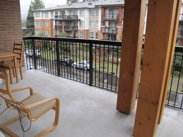 """Photo 11: Photos: 310 1150 KENSAL Place in Coquitlam: New Horizons Condo for sale in """"Thomas House"""" : MLS®# R2024529"""