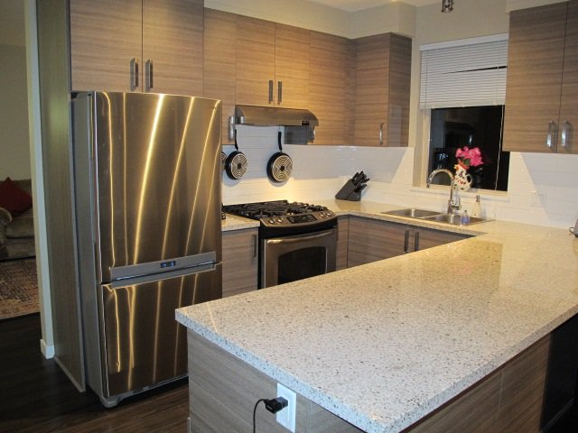 """Photo 6: Photos: 310 1150 KENSAL Place in Coquitlam: New Horizons Condo for sale in """"Thomas House"""" : MLS®# R2024529"""