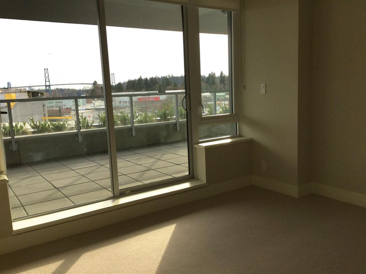 Photo 6: Photos: 304 866 ARTHUR ERICKSON Place in West Vancouver: Park Royal Condo for sale : MLS®# R2031932